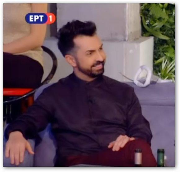 Ο Κωνσταντίνος Μενούνος εντυπωσίασε τους πάντες με το ζεϊμπέκικο που χόρεψε το Σάββατο στην τηλεοπτική εκπομπή !