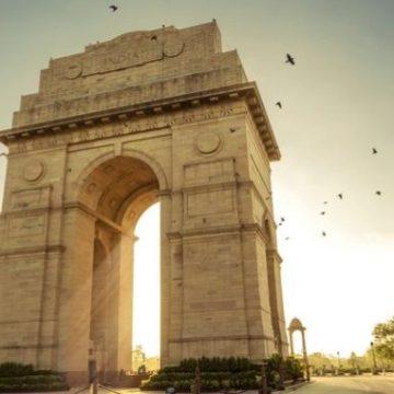 Εντυπωσιακές εικόνες: Το Νέο Δελχί αναπνέει ξανά