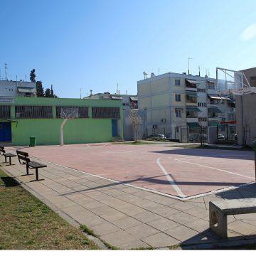 Οι μαθητές επιστρέφουν στα θρανία στις 11 Μαΐου ενώ θα ανοίξουν και τα φροντιστήρια ενόψει Πανελληνίων.
