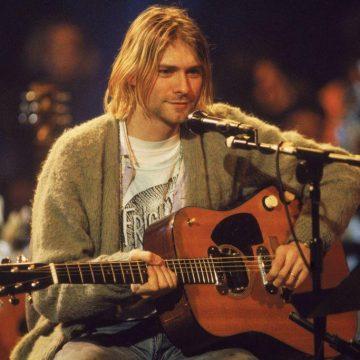 Στο σφυρί η κιθάρα του Κομπέιν από το θρυλικό Unplugged των Nirvana