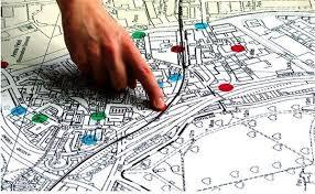 Πώς θα χτίζονται οικόπεδα κάτω από 4 στρέμματα – «Τομές» στις οικοδομικές άδειες